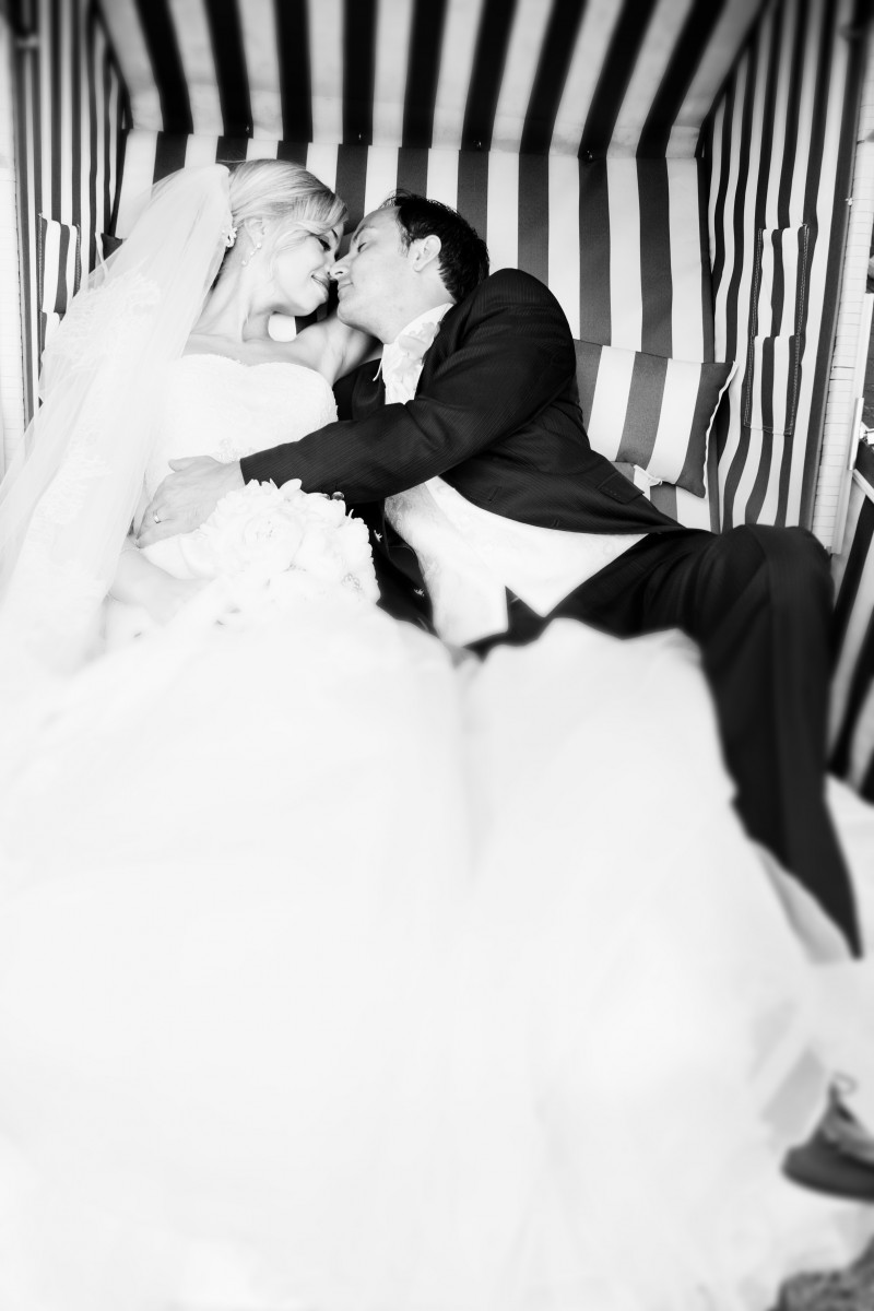 Braut und Bräutigam, Bride and Groom, Kissing