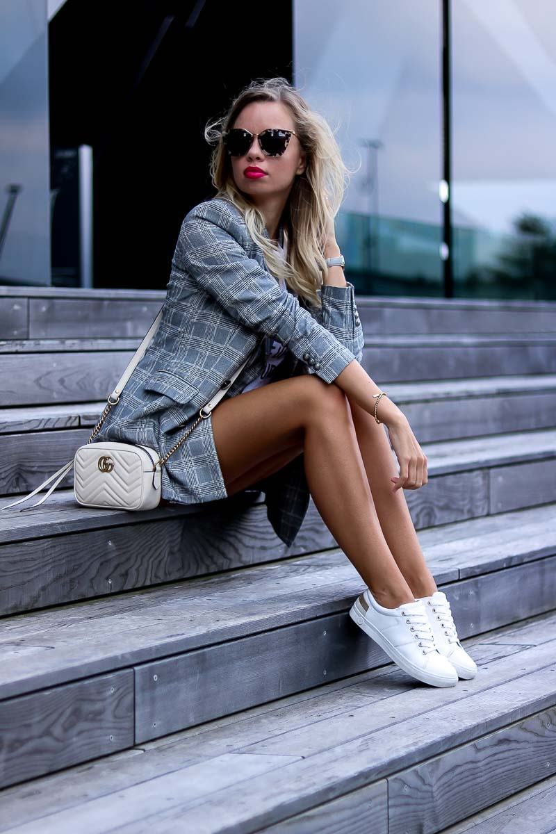 Casual Summer Outfit with Blazer