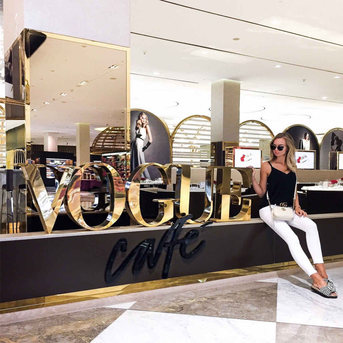 What to wear in Dubai: Outfit at the Mall