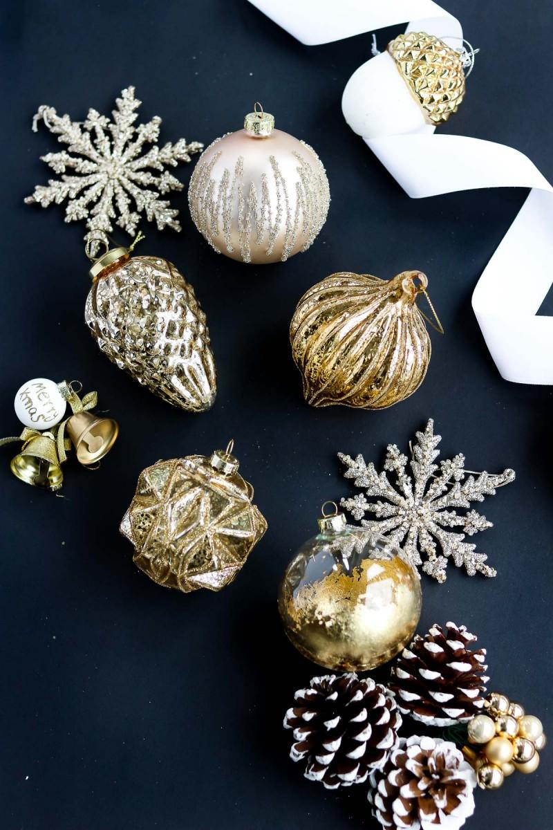 Weihnachtskugeln Christbaumkugeln gold Christmas ornaments
